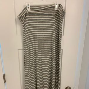 J crew gray and cream maxi skirt size xl